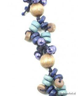 Koordhalsketting met gekleurde houten kralen