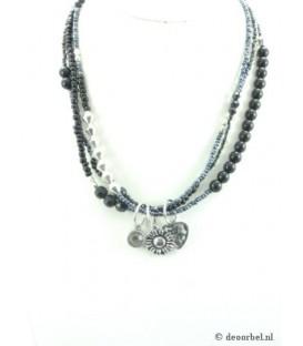Zwarte kralen halsketting met bijpassende armband