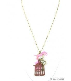 Goudkleurige halsketting met roze en bruine bedels (vogelhuisje)