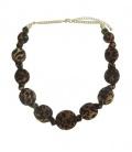 Terra/roest kleurige stoffen korte halsketting met dieren print