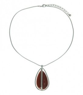 Zilverkleurige snake-chain korte halsketting met een oranje / rode druppelvormige hanger