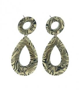 Mooie bruine oorbellen met een mooi motief als hanger