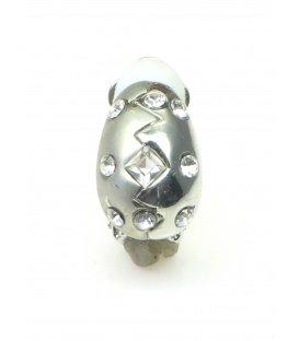 Zilverkleurige halfronde oorclips met heldere strass steentjes