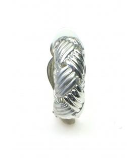 Zilverkleurige halfronde metalen oorclips met motief