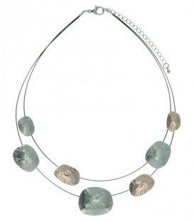Mooie korte halsketting met goud en zilverkleurige elementen