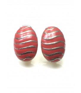 Roze oorclip met zilverkleurige strepen van A-Zone