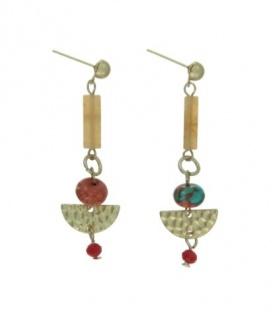 Gekleurde oorbellen met staafje en metalen hanger en kralen