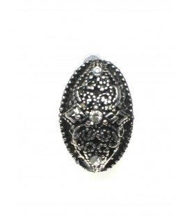 Zilverkleurige ovale oorclips met drie strass steentjes