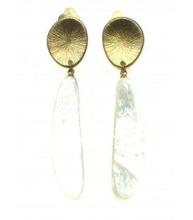 Culture Mix lange wit met goudkleurige oorclips