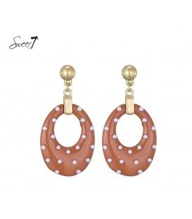 Oorbellen met ovale rode hanger en kleine pareltjes van Sweet7