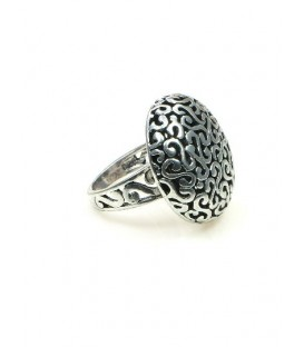 Zilverkleurige ring (ringmaat 18 mm)