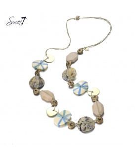Bruine lange halsketting met schelp en kralen