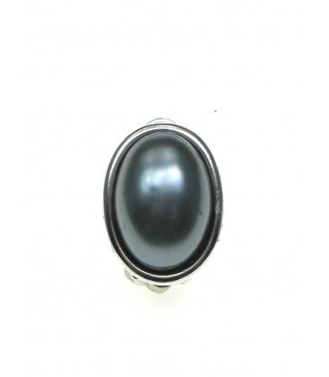 Ovale donkergrijze parel oorclips in zilverkleurige zetting