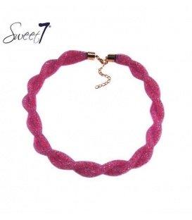 Paars roze gedraaide halsketting van glaskralen in een mesh