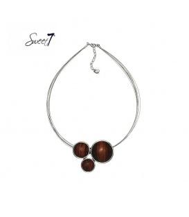 Zilverkleurige halsketting met 3 bruin rode elementen
