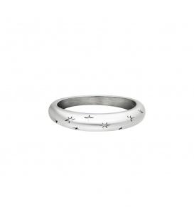 Zilverkleurige ring met sterrenpatroon