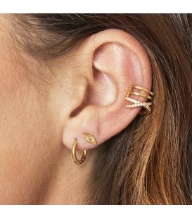 Zilverkleurige earcuff met een kruising en kleine glinsterende steentjes
