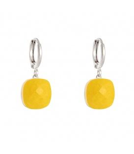 Zilverkleurige oorringen met een gele geslepen kristal hanger