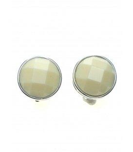 Creme oorclips met een zilverkleurige rand