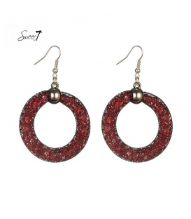 Rode oorbellen met strass steentjes in mesh