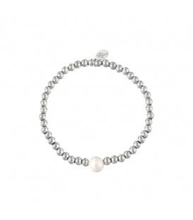 Elastische armband met zilverkleurige kralen en een witte parel