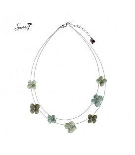 Zilverkleurige tweelaagse ketting met groene bloemen