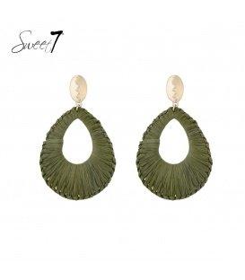 Groene ovale oorbellen van raffia
