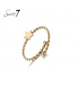 Goudkleurige ring met een ster