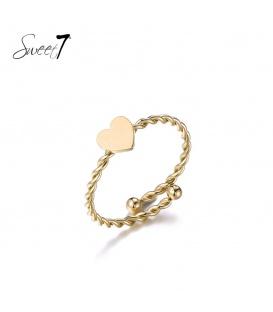 Goudkleurige ring met een hart