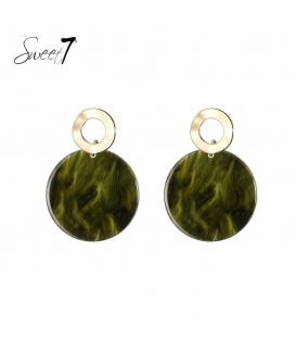 Goudkleurige oorstekers met ronde groene hanger