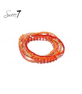 Wikkelarmband met rode en goudkleurige kraaltjes