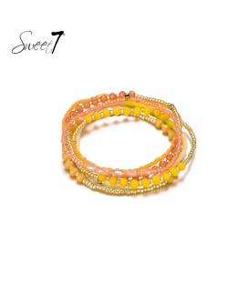 Wikkelarmband met kleine gele, oranje en goudkleurige kraaltjes