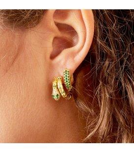 Goudkleurige oorringen met groene strass steentjes