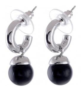 Zilverkleurige ronde oorstekers met een hangende zwarte parel