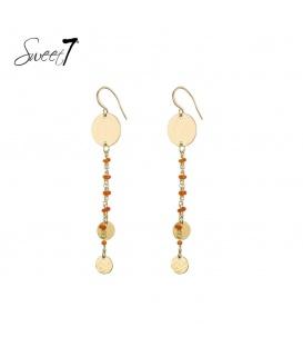 Goudkleurige oorbellen met muntjes en oranje steentjes