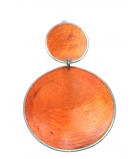 Oranje grote oorclips van parelmoer met zilverkleurige rand