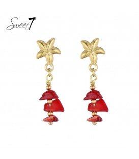 Koraal rode oorbellen van natuursteen met goudkleurige steker