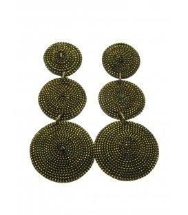Goudkleurige lange oorclips gemaakt van kokos en goudkleurig draad