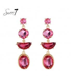Roze oorbellen met verschillende vormen als hanger