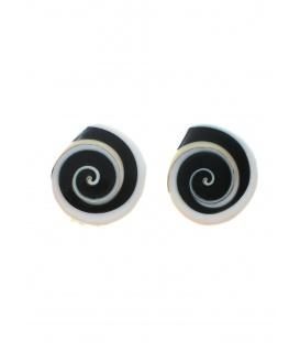 Culture Mix oorclips gemaakt van een schelp