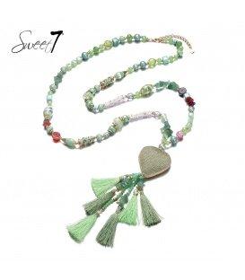 Groene lange kralen halsketting met als hanger een kwast