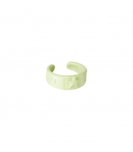 Groene earcuff met een ster