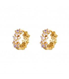 Goudkleurige oorringen met paars gekleurde steentjes