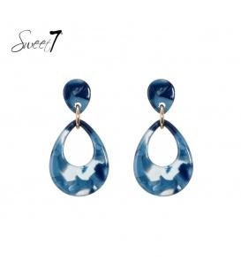 Blauw gekleurde oorbellen met een ovale hanger