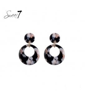 Zwart gekleurde oorbellen met ronde hanger