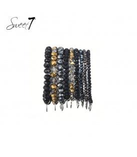 Zwart gekleurde armband van glaskralen en meerdere strengen