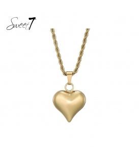 Goudkleurige gedraaide halsketting met als hanger een hartje