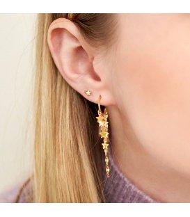 Goudkleurige oorhangers met bungelende sterren