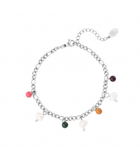 Zilverkleurige armband met gekleurde bedels