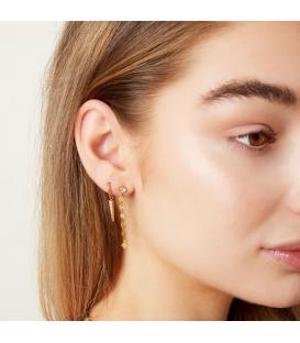 Zilverkleurige oorstekers met een hanger van verschillende vormen